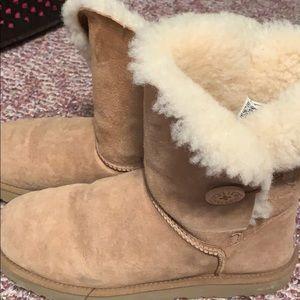 UGG boots size USA 10 gently worn